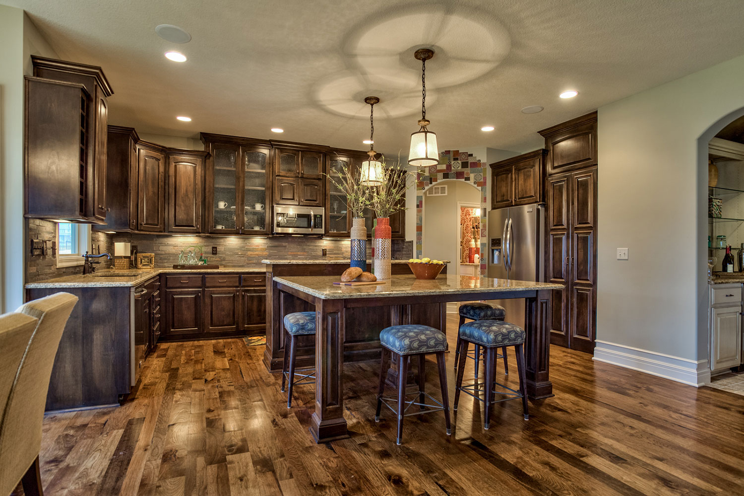 Lancaster III kitchen with stained cabinets
